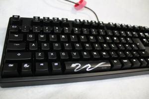 ゲーミングキーボード